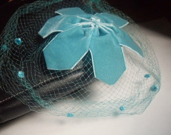 Teal Fascinator With Veil 40's, 50's