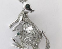 Vintage 1950s Silver Toned Figural Rhinestone Kangaroo with Her Joey Pin