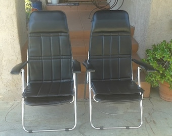 Unmarked Pair of Vintage Black Mid Century Modern Folding Lounge Chairs  (set of 2)