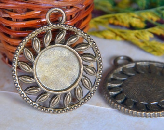 5pcs - 14mm  Antique Bronze Brass Cabochon Pendant Base with Loop  (DT091)