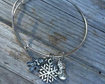 Christmas bracelet, Gingerbread Bracelet, snowflake bracelet, Charm bracelet, Holiday Bangle