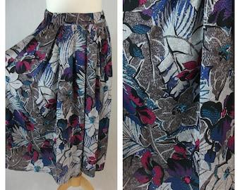 80s vintage midi skirt. Hawaiian floral print. Floral print vintage skirt. Size M.