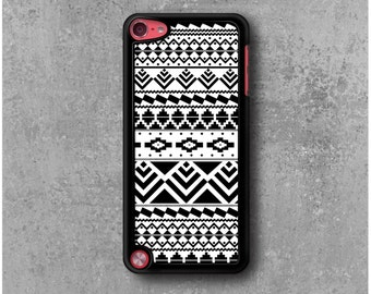 iPod Touch 5 Case Tribal Aztec Black White