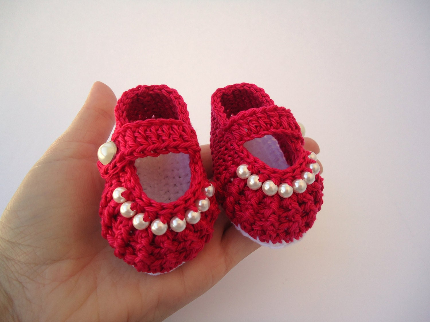Baby girl red shoes Crochet shoes Custom baby shoes fashion