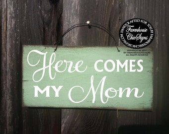 Here Comes My Mom Sign, ring bearer sign, here comes bride sign, wedding sign, rustic wedding, mom bride, flower girl sign