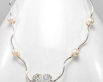 Pearl Necklace, White Fresh Water Pearl Neclace, Pearl and Heart crystal glass Silver Necklace, 92.5 sterling silver