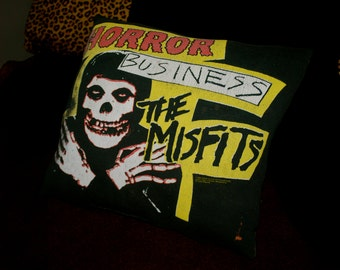 Misfits 'Horror Business' DIY Bed Pillow
