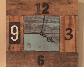 Rustic Clock Made from Reclaimed Materials