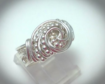Wire wrapped jewelry. Wire ring. Silver ring. Sterling silver textured swirl ring. Wirewrapped jewelry.