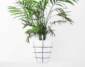 Hand Painted Grid Plant Pot - 15cm