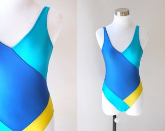 80s Geo Colorblock Swimmers Swimsuit with Scoopback - sz M