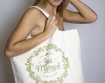 Just Married – Beach Bag – Garden Gold Print