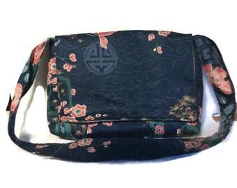 Oriental design messenger bag