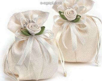 Wedding favors ecru bombonieres matrimonio bomboniere battesimo romantic wedding favors ideas handmade wedding guests gift pouch favors
