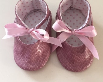 Shoes for baby girl pink Python like fabric with satin bow
