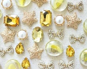 Mixed Gold Push Pins, Gold Thumbtacks, Yellow Tacks, Sparkly Pushpin, Crystal Pushpin, Gold Decorative Pins for Corkboard, Exquisite Pins