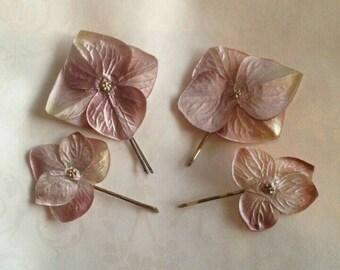 Bridal flower hair pin, hydrangea hair pin, bridesmaid hair pick, flower bobby pin, boho bridal pins, silk flower hair pin, pink hair pin