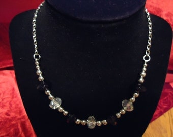 Black and Clear Faceted Glass Beads Necklace