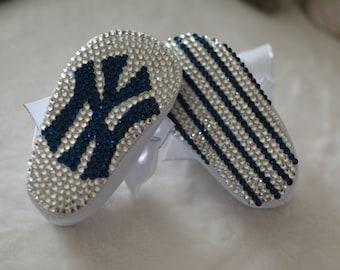 New York Yankees Crystal Baby Crib Shoes / Booties