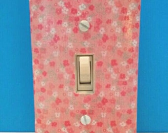Pretty Decoupaged Floral Single Light Switchplate Cover, Decoupage, Wall Art, Handmade Switchplate, Made By Mod.