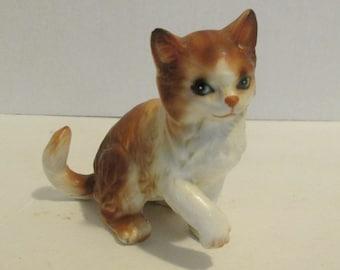 Vintage Lefton Cat Figurine H2942 / Orange Tabby Cat Kitten / Tiger Cat / Japan