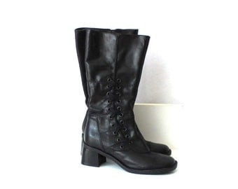 Vintage Black Leather Low Heels Boots Side Criss Cross Lacing Shoes Urban Designers Knee High Boots EUR 39 / UK 6 / US 8.5