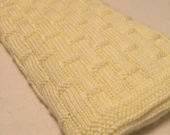 Hand knit off white baby blanket/easy to wash and dry off white knitted baby blanket/stroller blanket/car seat blanket/crib blanket