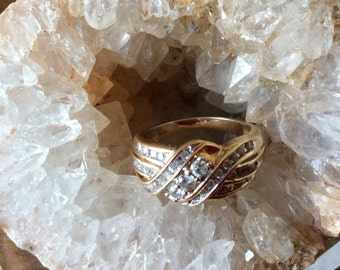 10kt Yellow Gold Diamond Ring Size 7.5