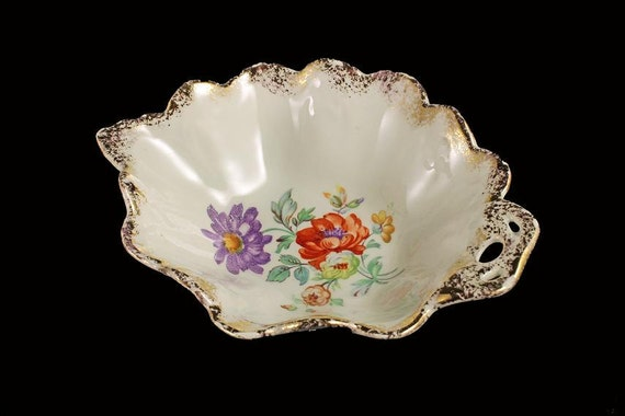 Leaf Floral Trinket Bowl, Candy Dish, Nut Bowl.