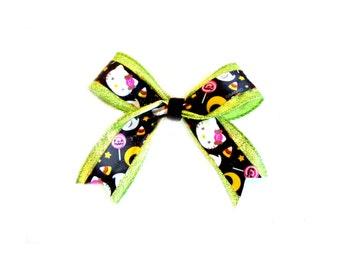 Green Hello Kitty Halloween Party