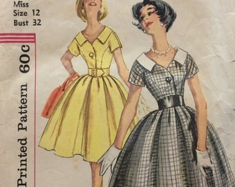 Simplicity 3395 misses dress w/bodice interest & full skirt size 12 bust 32 vintage 1960's sewing pattern