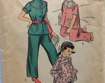 Advance 5655 vintage 1950's girls pajamas sewing pattern size 6