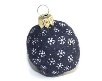 Unbreakable Blue Christmas ball mini sewn from fabric White Snowflake Christmas tree ball bullet Christmas christmas ball Eisbaerchenmama