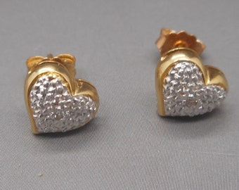 Delightful Vintage 18 Carat Yellow and White Gold Heart Stud Earrings.