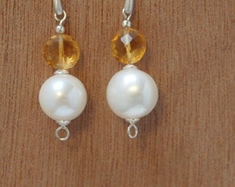 Elegant Sterling Silver Earrings with 12 mm Freshwater White Pearl and Citrine