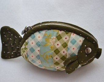 Handmade cotton fish purse,5 x 3""
