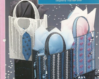 Quick Gift Totes Plastic Canvas Pattern Needlecraft Shop Leaflet 913911