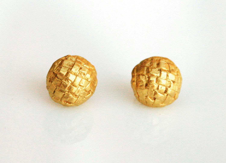 Basket Weaving Jewelry : K gold stud earrings with a basket weave texture bridal