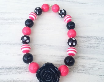 Black and Pink Bubblegum Necklace, Pink and Black Flower Necklace, Girls Chunky Bubblegum Necklace, Girl Toddler Necklace, Baby Photo Prop
