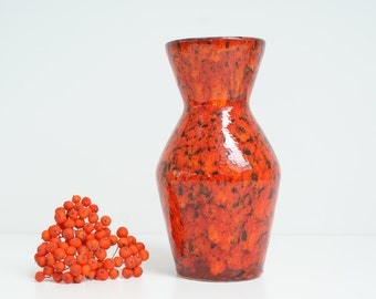 West German vase from Scheurich Pottery. Mid century pottery. WGP Retro design. model no. 523-18