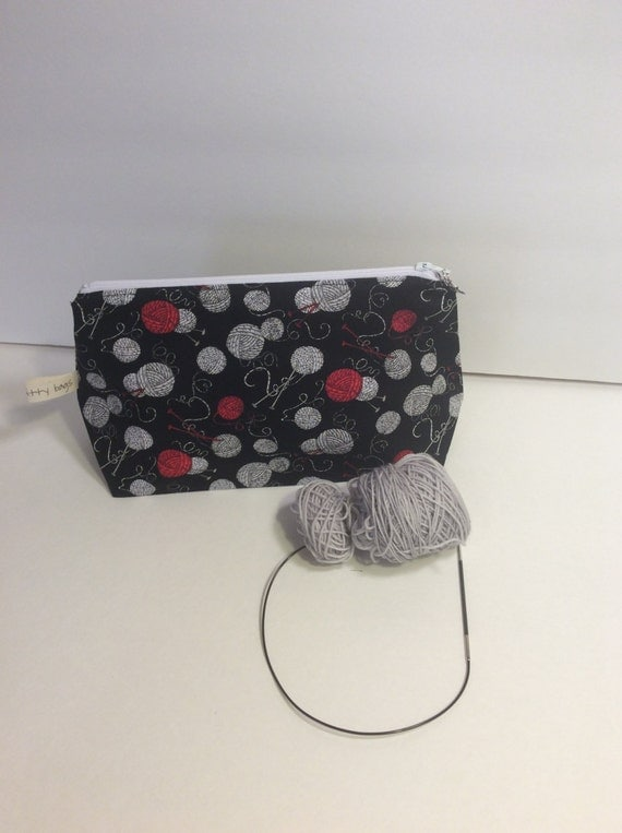 project bag, zippered project bag, zippered bag, knitting bag, crochet bag, sock knitting, yarn, knitting, crochet