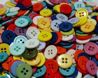 20 Mixed Coloured Plastic Buttons -#R-00022