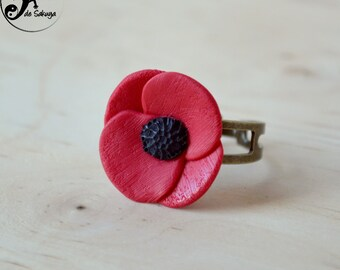 Poppy ring beautiful red flower on a bronze ring