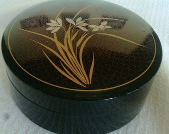 Vintage Set Of Six Drink Coasters in a Matching Box with Gold Decor