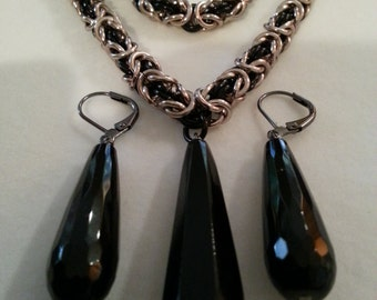 Onyx and Byzantine Chainmaille Set in Black and Champagne