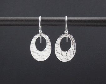 Oval Hammered Earrings Sterling Silver Small Oval Dangle Drop Earrings, Simple Hammered Earrings, Modern Earrings, Minimalist Jewelry