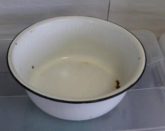 Vintage Enamel Basin Bowl, White Enamel Bowl, Large Enamel Bowl, Enamelware, Enamel Pots, Rustic Decor, Home Decoration, Kitchen, Storage