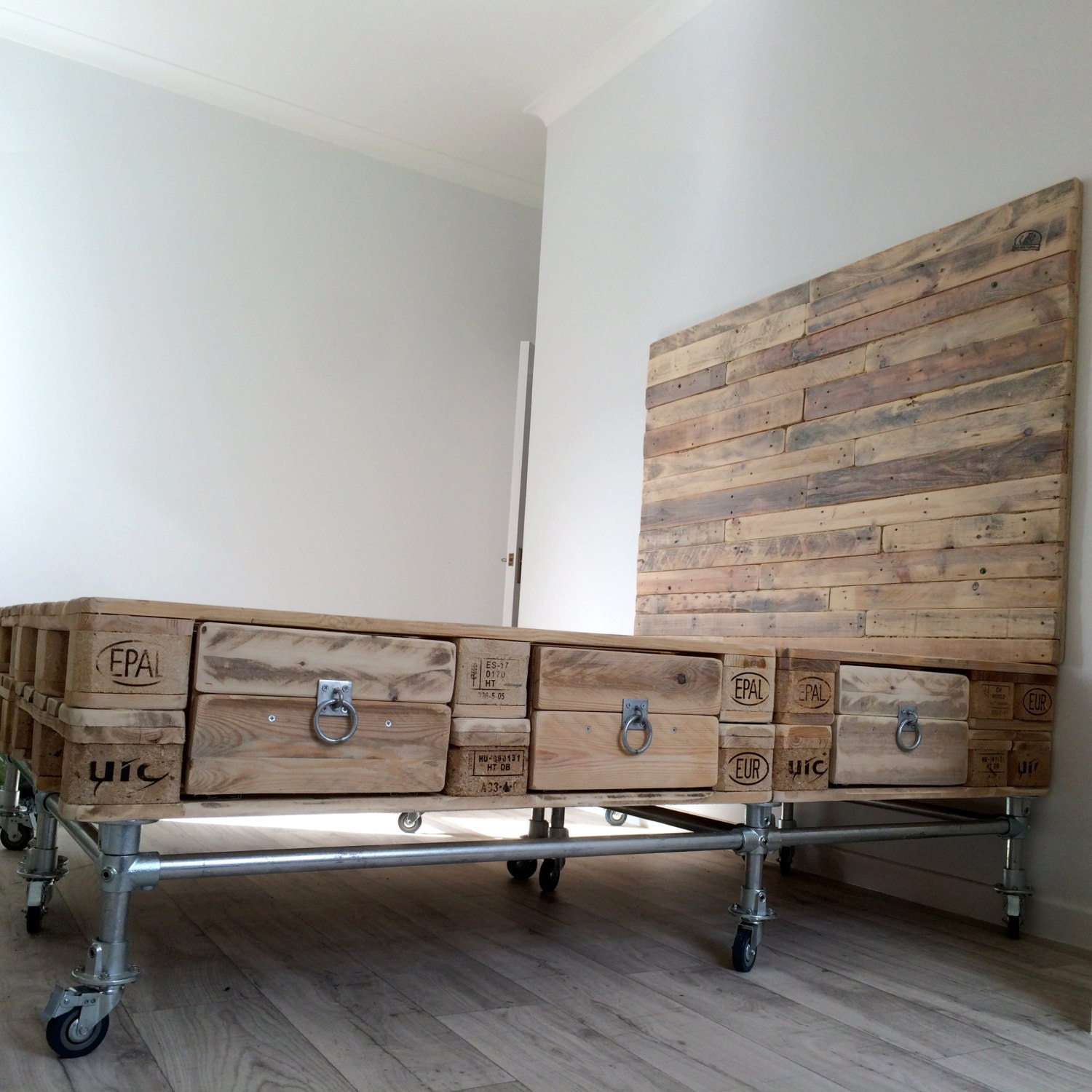 Scaffold And Pallet Wood Bed With Headboard And By