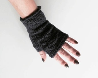 Cashmere Wool Fingerless Mittens, Arm Warmers, Warm and Cozy Winter Accessories, Gift for Teens.