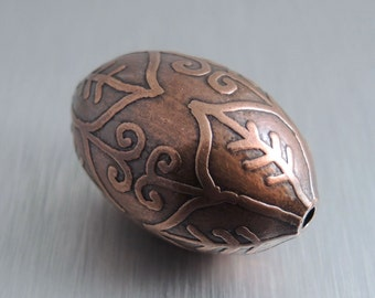 Oval Etched Copper Bead - Pointed Flower Design - 30mm by 20mm